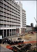 Raising the Campus 2000 standard high at the launch of the Innovation Building  project in April 1997