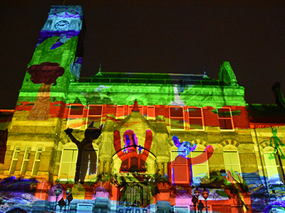 Link to Spectacular light show brings anniversary celebrations to a dramatic finale.