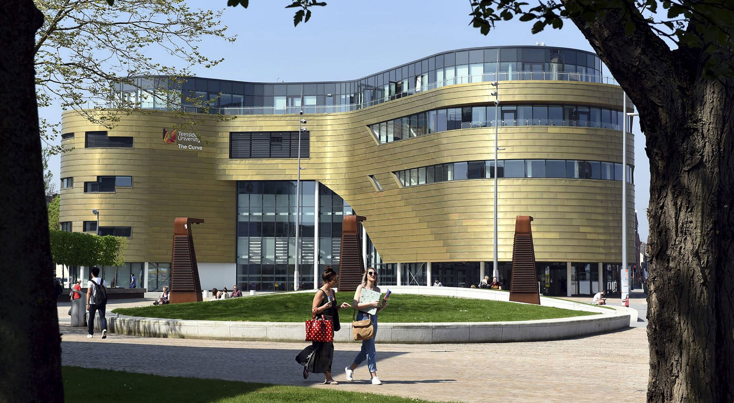 Link to Global accolade for Teesside University .