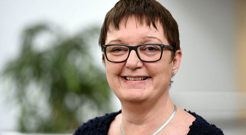 Dr Tracey Crosbie