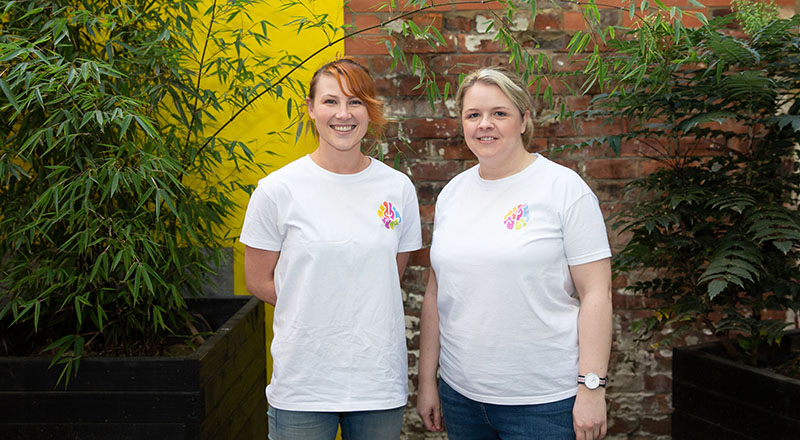 L-R: Myndr co-founders Lizzy Hodcroft and Emma Reilly
