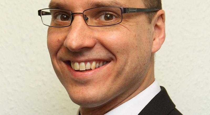 Dr Peter van der Graaf
