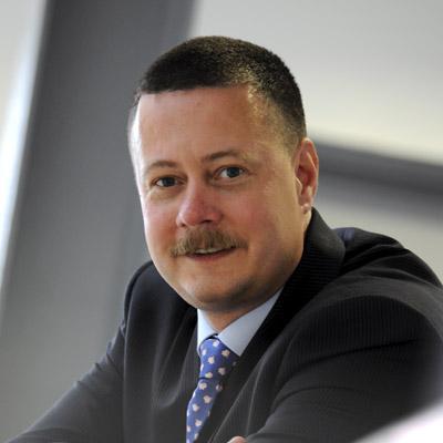 Dr Simon Stobart